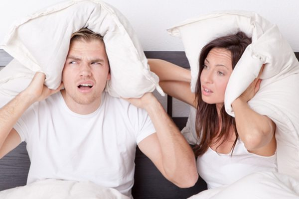 Что делать, если соседи всю ночь шумят и не дают спать. Гениальное решение!