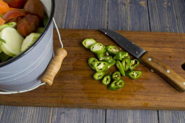 salat na zimu v korejskom stile s ogurcami i cukkini 6