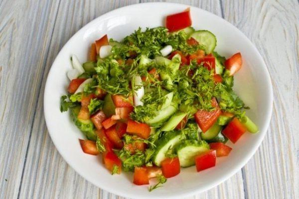 Salat iz ogurtcov s pertcem 08 640x426