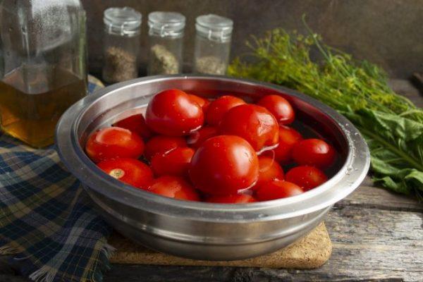 gustoy tomatnyiy sous s lukom i sladkim pertsem 05 640x427