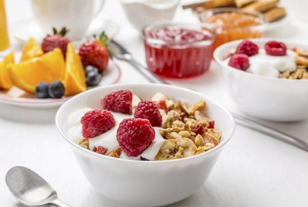 Полезное питание. Какие продукты можно и нельзя есть натощак?