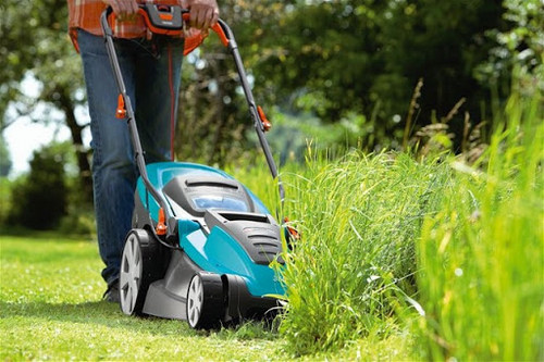 Преимущества самоходной газонокосилки