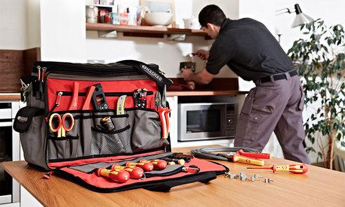Особенности вместительных сумок для строительных инструментов